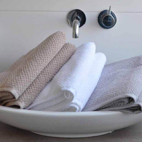 Handdoek s Oliver zand-wit-zilver