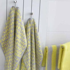 Cawö handdoeken collectie Code allover lemon